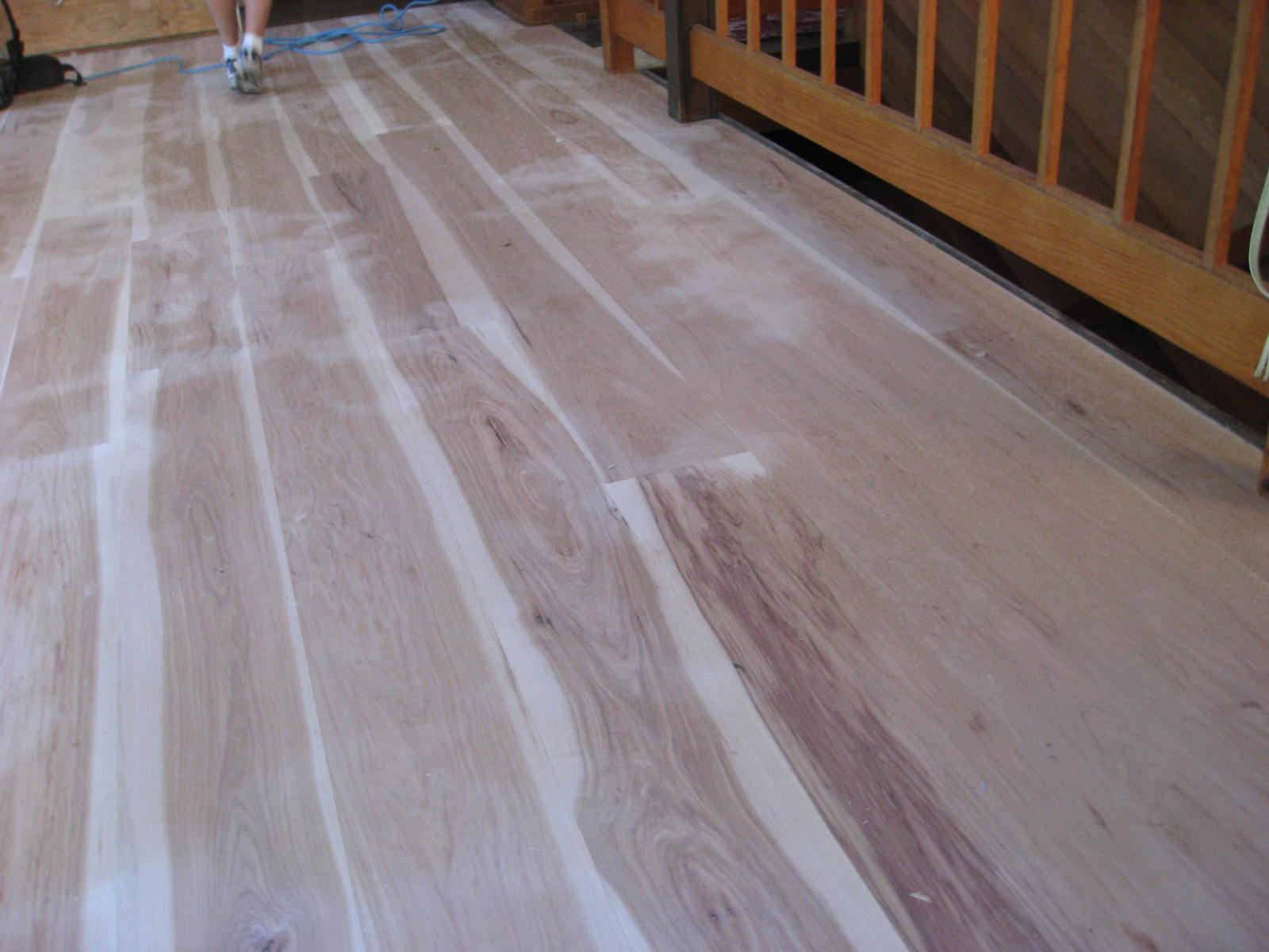 he Importance of Long Lengths in your Wood Floor arlisle Wide ... - ^