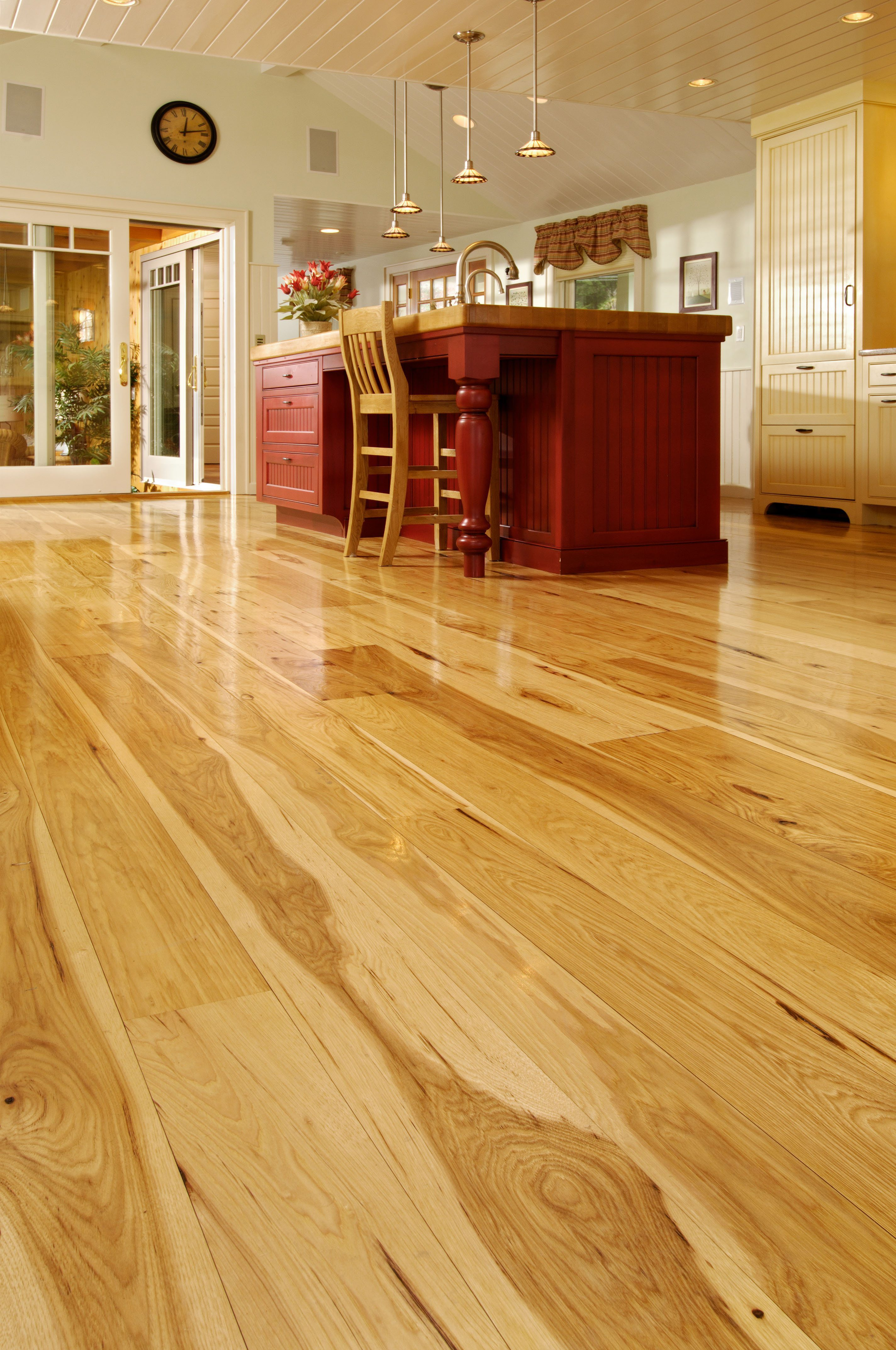 Hickory Hardwood Flooring In Kitchen Space