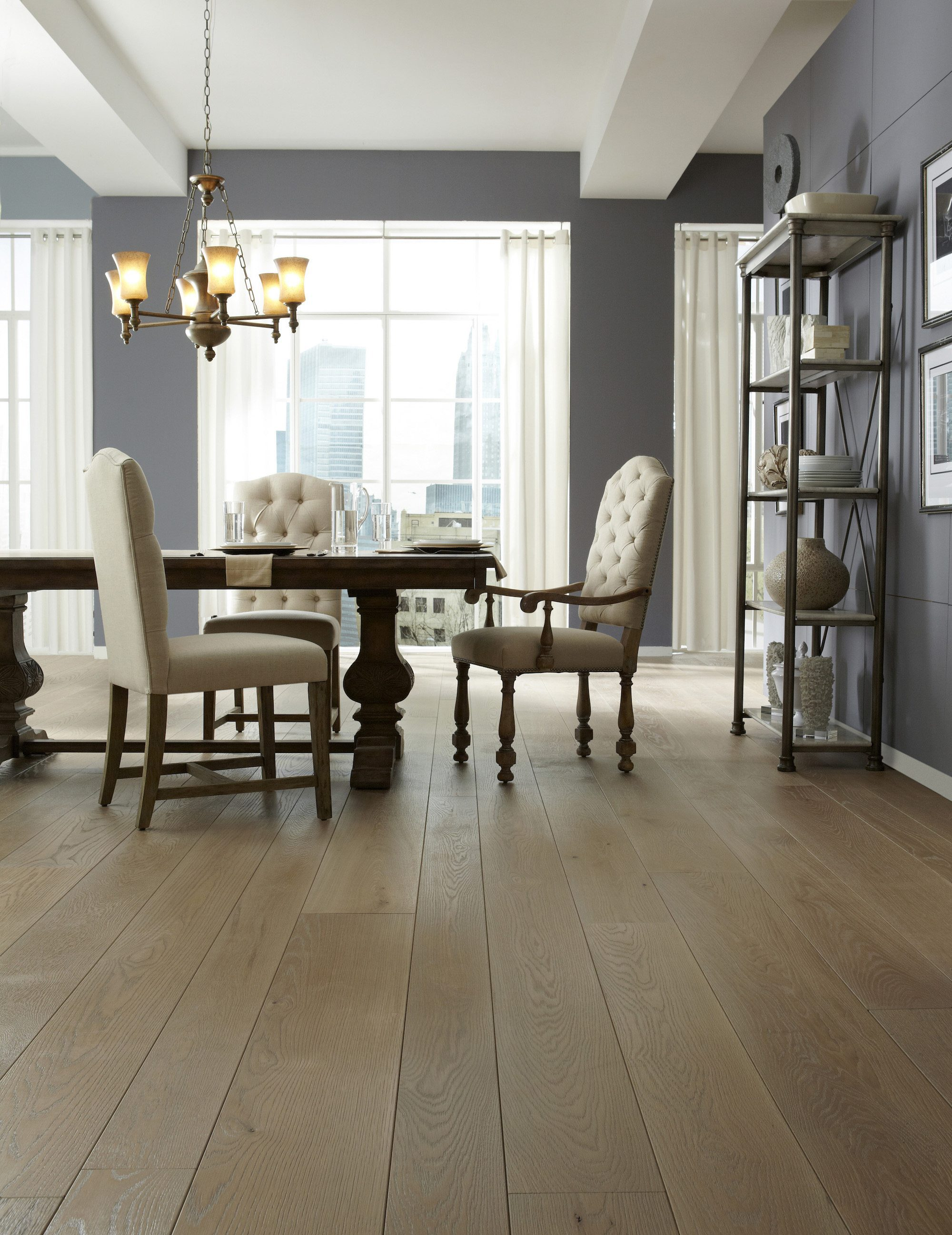 White Oak Flooring In A Contemporary Dining Room